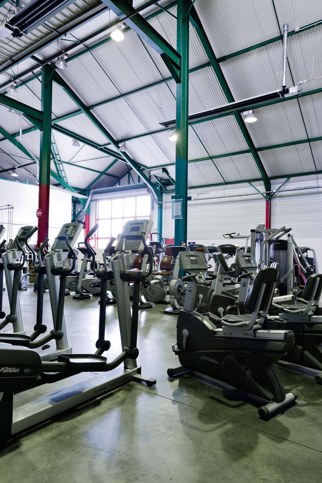 Vue d'ensemble de l'espace cardio-training