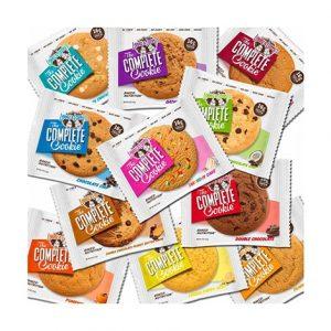 Assortiment des différents Complete Cookies de Lenny & Larry's proposés à la Salle Sports Club
